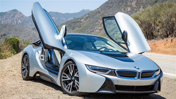 السيارات الكهربائية من بي إم دابليو